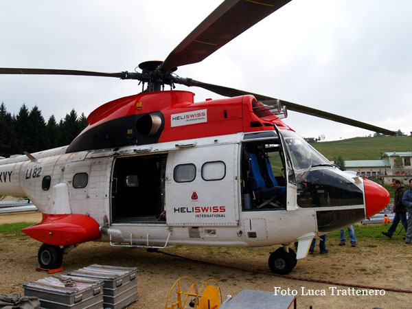 heli swiss with Superpumarecoaro on As 332 Super Puma C1 additionally Superpumarecoaro furthermore 2065 further  moreover 43.